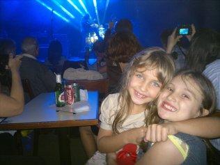 Duda e sua amiga igualmente linda!!!